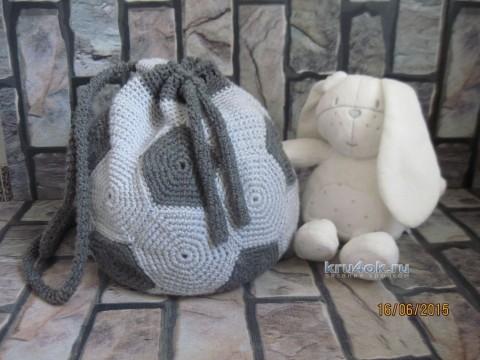 Вязаный крючком рюкзак - работа Ирины вязание и схемы вязания