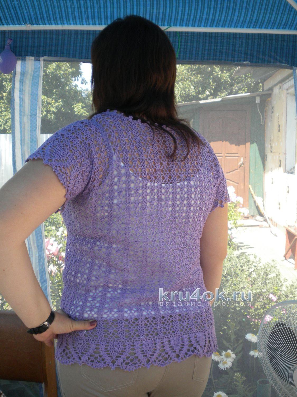 Красивая вязаная женская кофточка