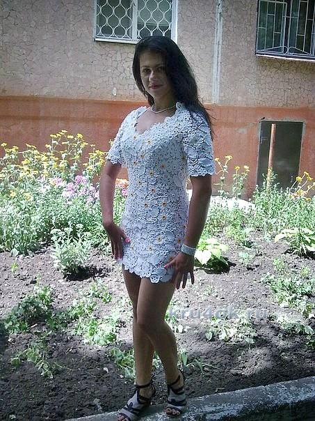 Вязаное крючком платье. Работа Светланы вязание и схемы вязания