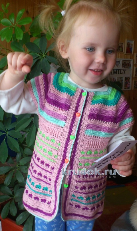 Безрукавка Цветик - семицветик. Работа Елены Аферовой вязание и схемы вязания