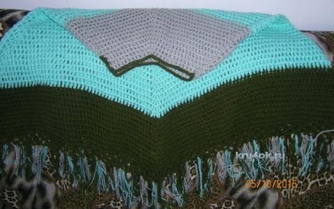 Вязаное крючом пончо. Работа Альбины вязание и схемы вязания