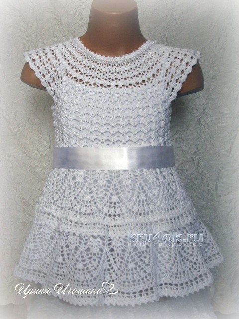 Платье ажурное крючком Снежинка, работа Ирины Игошиной