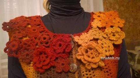 Женский жилет крючком. Работа Елены Шевчук вязание и схемы вязания