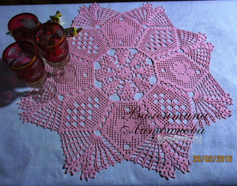 Винтажная салфетка крючком. Работа Валентины Литвиновой вязание и схемы вязания