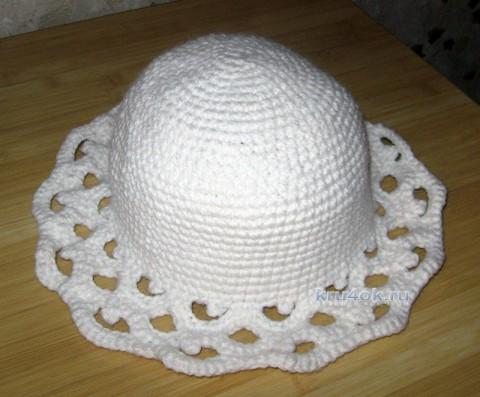 Белая шляпа с ажурными полями. Работа Наталии вязание и схемы вязания