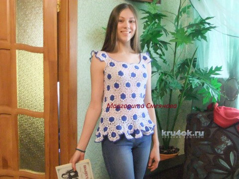 Летняя маечка Васильки. Работа Маргариты Смеяновой вязание и схемы вязания