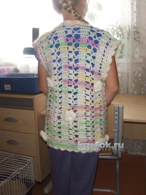 Жилет для девочки крючком. Работа Ольги вязание и схемы вязания