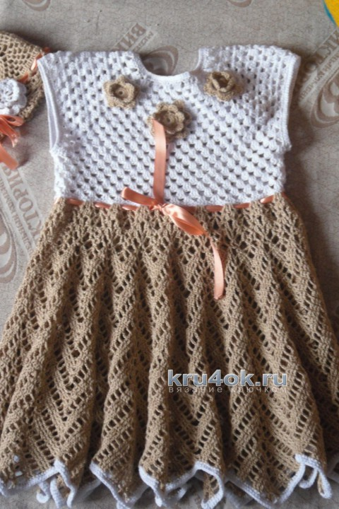 Вязаное детское платье и шапочка. Работы Наталии вязание и схемы вязания