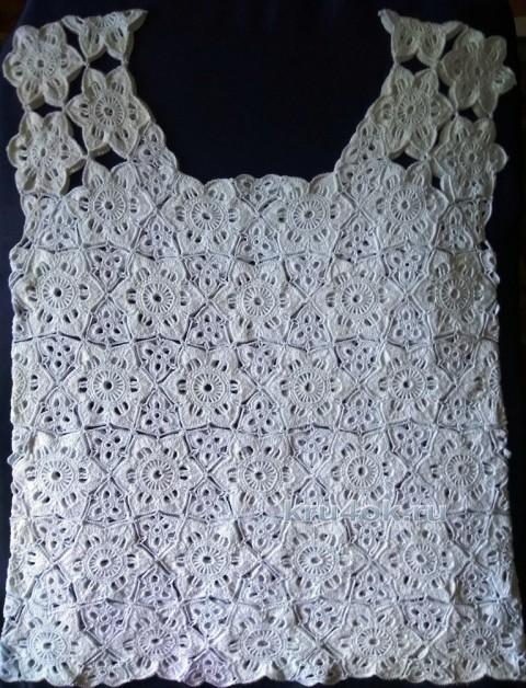 Белый топик из мотивов. Работа Ирины вязание и схемы вязания
