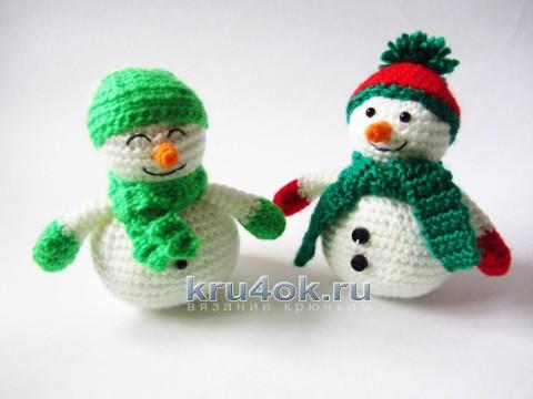 Вязаные снеговики. Работы Екатерины Алешиной