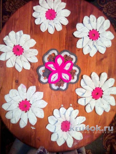 Цветок ромашка крючком. Работа Зинаиды вязание и схемы вязания