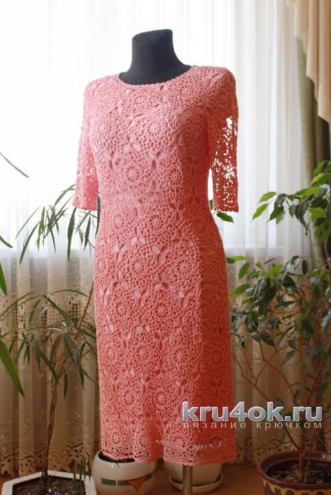Женское платье крючком с ажурным узором