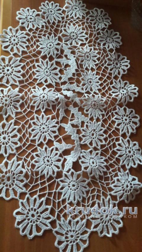 Салфетка крючком Ромашковая лужайка. Работа Галины Ерониной вязание и схемы вязания