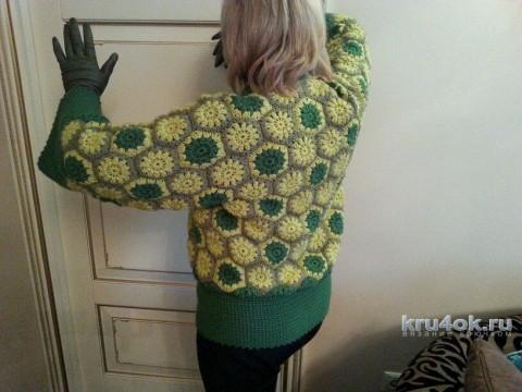 Вязаная крючком женская куртка. Работа Gala вязание и схемы вязания