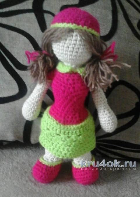Куколка - клубничка крючком. Работа Катерины вязание и схемы вязания