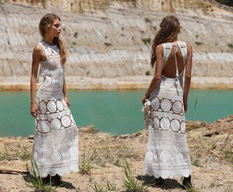 Платье ажурное, связанное крючком
