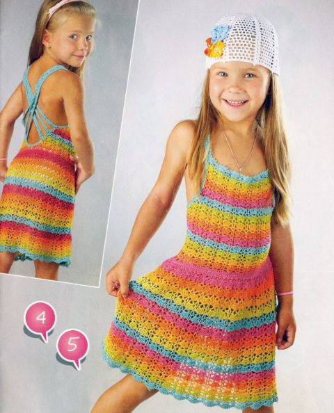 Разноцветный сарафан крючком для девочки