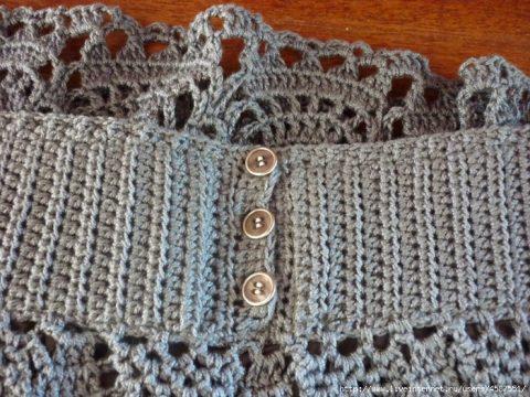Серая юбочка для женщин, связанная крючком