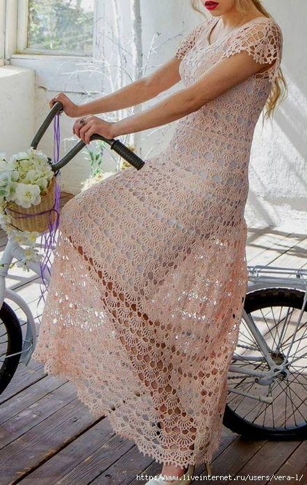 Супер - ажурное вязаное крючком платье