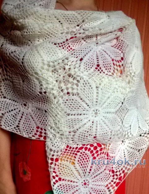 Ажурный палантин из мотивов. Работа Елены Шевчук вязание и схемы вязания