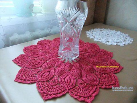 Салфетка Малинка крючком. Работа Маргариты вязание и схемы вязания