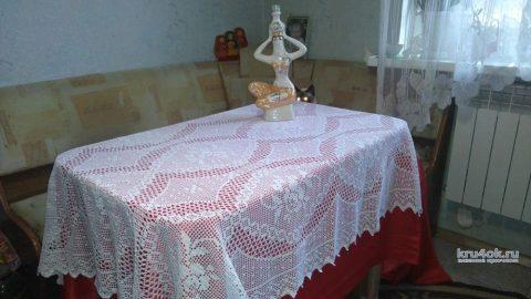 Скатерть в филейной технике Осенний блюз. Работа Людмилы Кузьминской