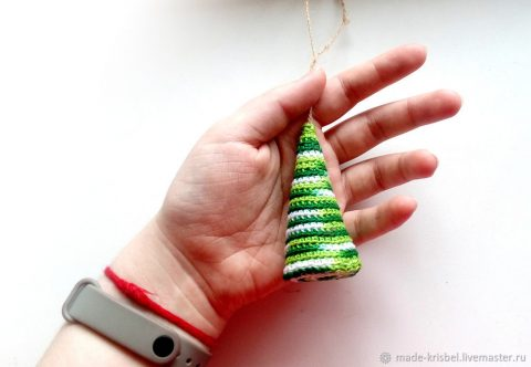 Очень простая новогодняя ёлка