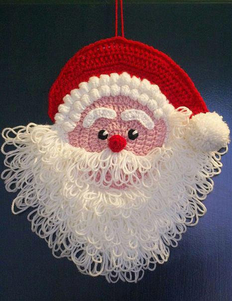 Дед Мороз - новогоднее украшение связано крючком