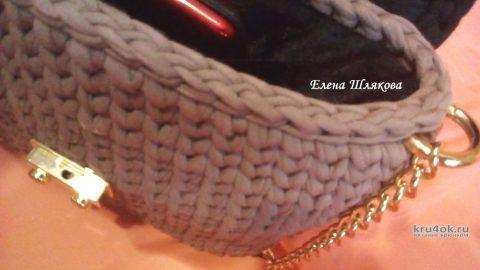 Сумочка из трикотажной пряжи с клапаном Зефирка. Работа Елены Шляковой вязание и схемы вязания