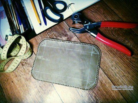 Рюкзак крючком с кожаными вставками. Работа Аксиньи Григ вязание и схемы вязания