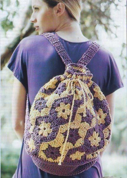 Рюкзак крючком из мотивов