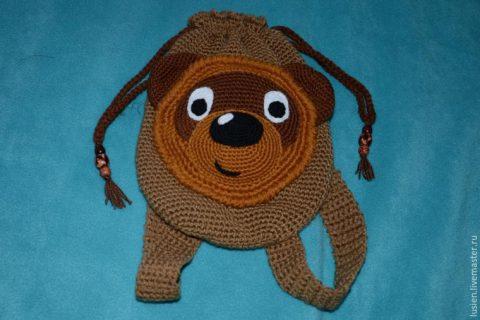 Детский рюкзак крючком Винни пух