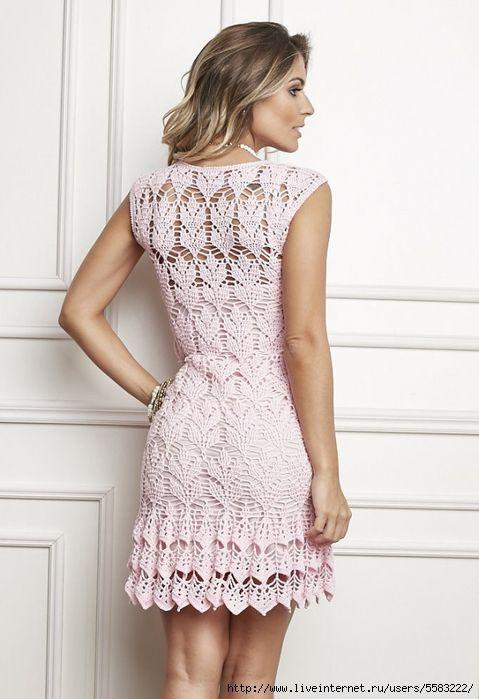 Красивое летнее платье, связанное крючком