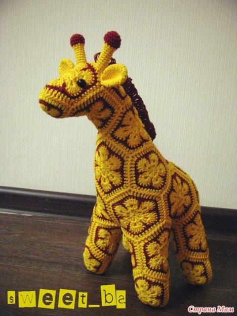 Жирафик Жорж Из мотивов африканский цветок