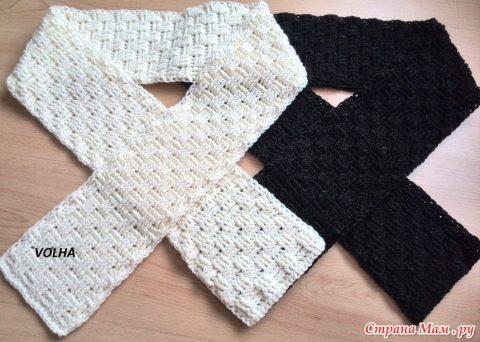 Мужской шарф крючком связан плетеным узором