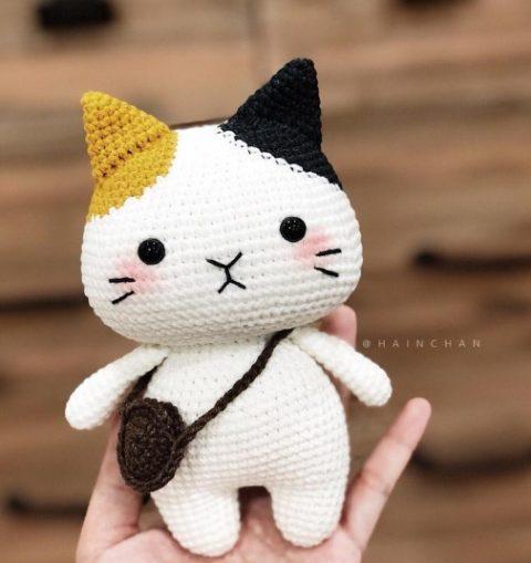Несколько слов о дизайнере игрушек Hain Chan