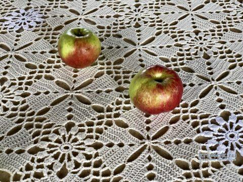Салфетка - дорожка из квадратных мотивов. Работа Надежды Борисовой вязание и схемы вязания