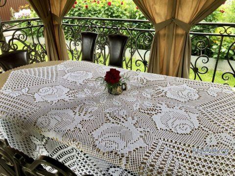 Вязаная скатерть Филейная роза. Работа Надежды Борисовой