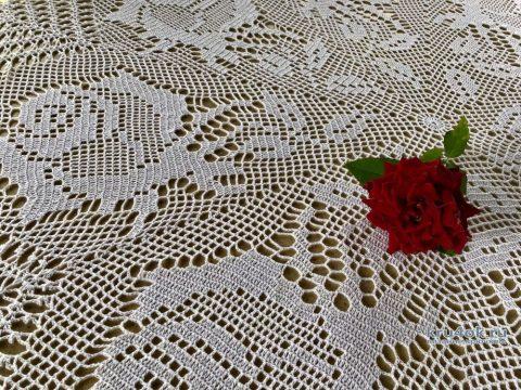 Вязаная круглая скатерть Филейная роза от Надежды Борисовой