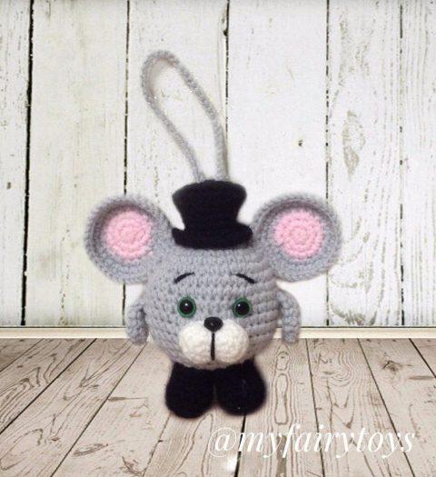 Елочная игрушка мышонок в цилиндре