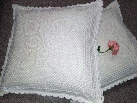 Декоративные наволочки на диванные подушки. Работа Татьяны