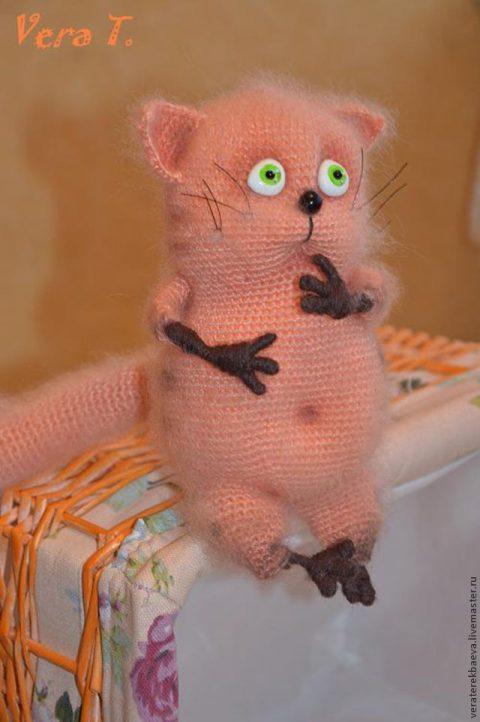 Мастер -класс по вязанию крючком кота Мартина