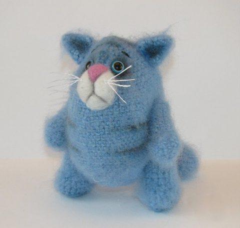Вяжем крючком кота Обжорика (описание для начинающих)