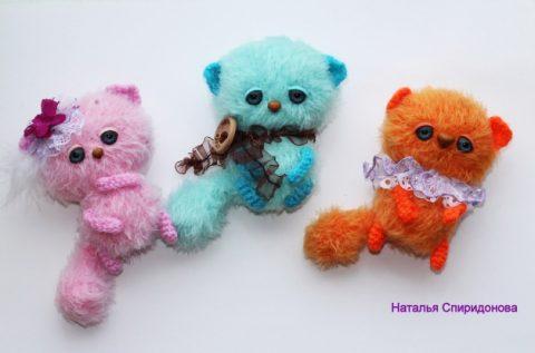 Как связать маленьких котов амигуруми