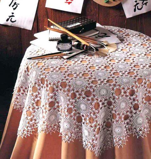 Схема вязания изысканной скатерти крючком
