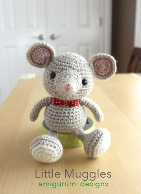 Little Knitted Mouse