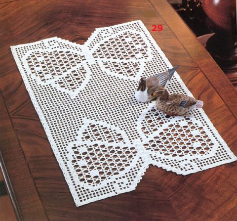 Салфетки с бабочкой, связанные крючком