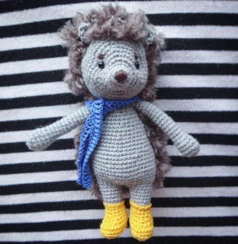 Hedgehog in yellow shoes, knit crochet