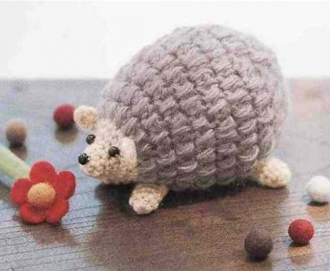 Hedgehog crochet in amigurumi technique