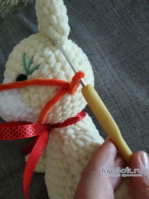 Вязаный львенок из плюшевой пряжи. Работа Светланы Лосевой вязание и схемы вязания